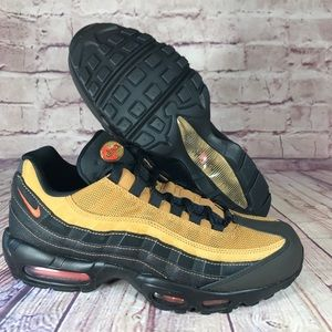"Nike Air Max 95 ""Cosmic Clay"" Black/Wheat"